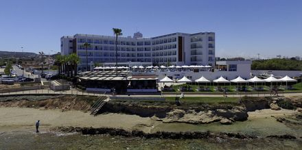 Hotel Evalena Beach i Fig Tree Bay, Cypern.