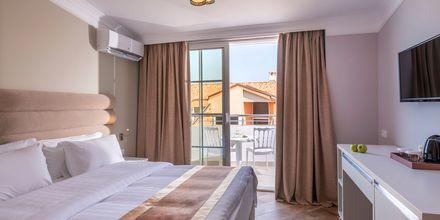 Dobbeltværelse på Hotel Fafa Grand Blue i Durres Riviera i Albanien.