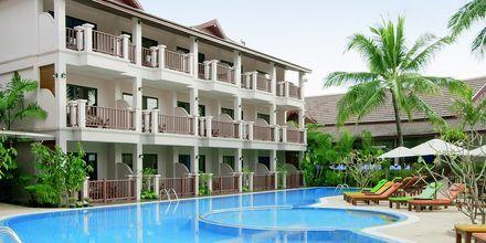 Poolområde på Hotel Fanari Khaolak Resort - Courtyard i Khao Lak, Thailand.