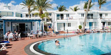 Poolområde på Hotel Fariones Apartamentos, Lanzarote, De Kanariske Øer