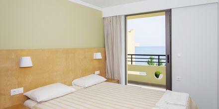 3-værelses lejlighed på hotel Faros i Kato Stalos, Kreta