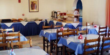 Morgenmadsrestaurant på hotel Gardenia på Santorini, Grækenland.