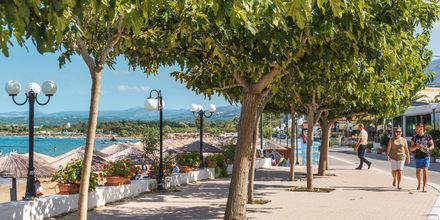 Strandpromenade i Georgioupolis på Kreta i Grækenland.