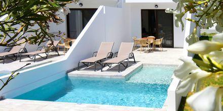 2-værelses deluxe lejligheder med privat pool på Geraniotis Beach i Platanias på Kreta i Grækenland
