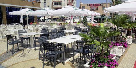 Snackbaren på Germany Hotel, Durres Riviera i Albanien.