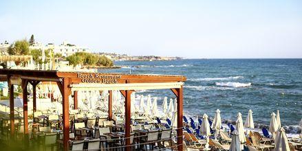 Strandrestaurant på Hotel Golden Beach i Hersonissos på Kreta, Grækenland.