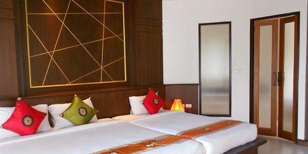 Deluxe-værelse i bungalow på Golden Beach Resort i Ao Nang, Krabi.