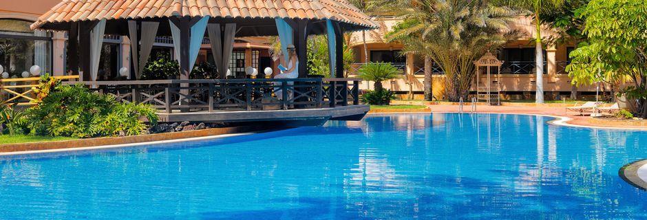 Poolområdet på Hotel Gran Hotel Atlantis Bahia Real på Fuerteventura, De Kanariske Øer.