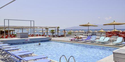 Pool på Grand Hotel i Saranda, Albanien.