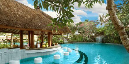 Poolbar på Grand Mirage Resort i Tanjung Benoa på Bali
