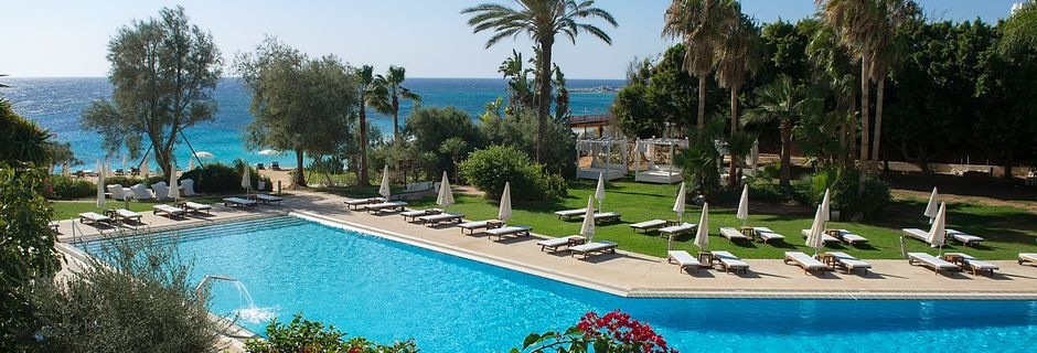 Poolområde på Hotel Grecian Sands, Cypern.