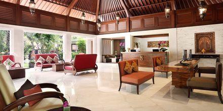 Lobby på Hotel Griya Santrian på Bali, Indonesien.