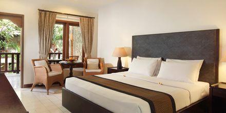Dobbeltværelse på Hotel Griya Santrian på Bali, Indonesien.