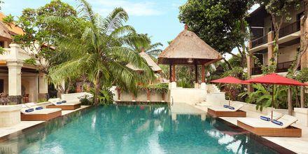 Pool på Hotel Griya Santrian på Bali, Indonesien.
