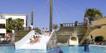 Pool på Hotel H10 Rubicon Palace i Playa Blanca på Lanzarote.
