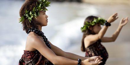 Huladansen har været en del af kulturen pp Hawaii i flere hundrede år.