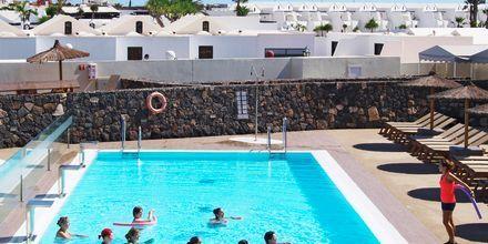 Poolen på Hotel HD Beach Resort på Lanzarote, De Kanariske Øer.