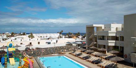 Poolområdet på Hotel HD Beach Resort på Lanzarote, De Kanariske Øer.