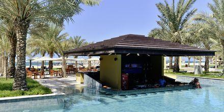 Poolområde på Hotel Hilton Ras Al Khaimah Resort & Spa i Ras Al Khaimah, De Forenede Arabiske Emirater.