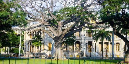 I Honolulu ligger USA's eneste kongelige slot - Iolani Palace.