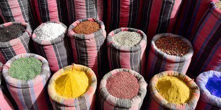 Krydderier på marked i Hurghada,  Egypten.