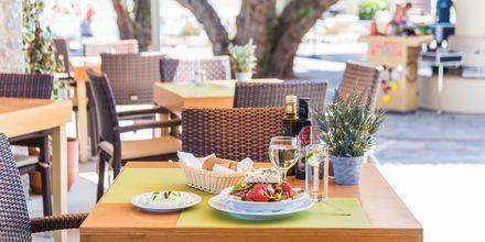 Restaurant på Hotel Ideal Beach på Kreta, Grækenland.