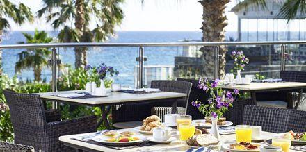 Morgenmad på Hotel Ikaros Beach Resort & Spa på Kreta, Grækenland.