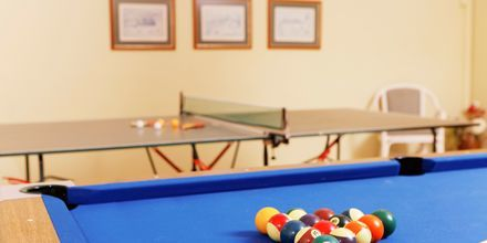 Spillerum med bl.a. bordtennis og billard på Hotel Indigo Mare på Kreta, Grækenland.