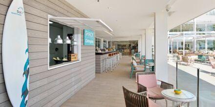 Snackbar på Hotel INNSiDE by Melia Cala Blanca.