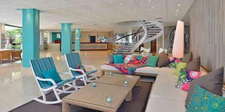 Lobbyen på Hotel INNSiDE by Melia Cala Blanca.