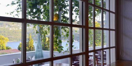 Restaurant på Hotel Ino Village, Samos By.