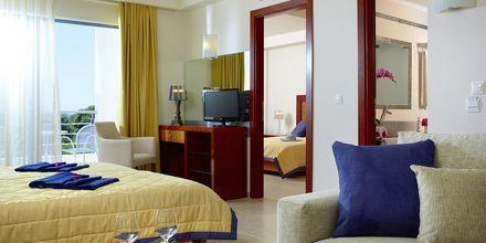 Familie-værelse deluxe på Hotel Ionian Theoxenia i Kanali, Grækenland.