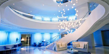 Lobbyen på Hotel JA Ocean View i Dubai, De Forenede Arabiske Emirater.