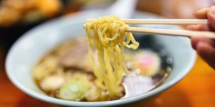Japan er nudlernes hjemland som findes i alle mulige varianter. De serveres ofte i en såkaldt ramensuppe.