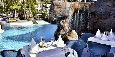 A la carte restauranten på hotel Jardines De Nivaria i Costa Adeje, Tenerife