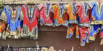 Johannesburg er kendt for at have mange gode markeder, hvor du kan købe lokalt håndværk.