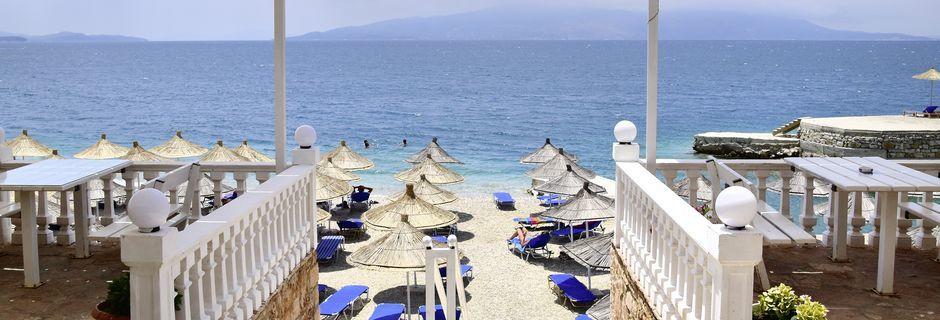 Strand ved Hotel Joni i Saranda, Albanien.