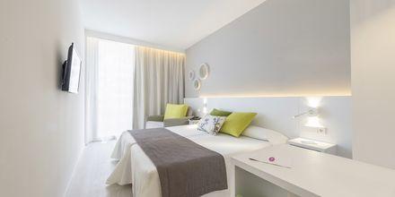 Dobbeltværelse på Hotel JS Palma Stay i Can Pastilla på Mallorca.