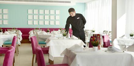 Restaurant på Hotel JS Palma Stay i Can Pastilla på Mallorca.