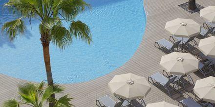 Poolområde på hotel JS Sol de Alcudia, Mallorca.