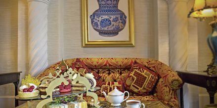 Afternoon tea i Sultans Lounge på Hotel Jumeirah Zabeel Saray i Dubai, De Forenede Arabiske Emirater.