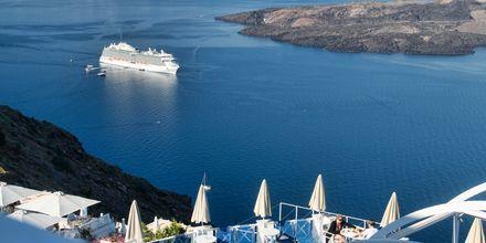 Udsigt fra Hotel Kafieris Blue på Santorini, Grækenland.