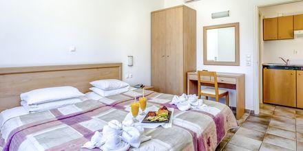 2-værelses lejlighed på hotel Kambos Village G D'S Hotels på Kreta, Grækenland.