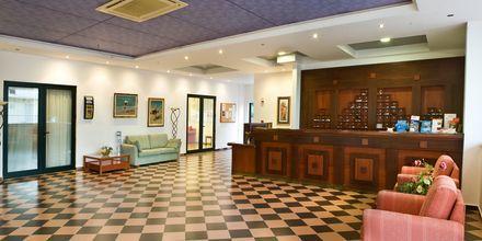 Reception på hotel Kambos Village G D'S Hotels på Kreta, Grækenland.