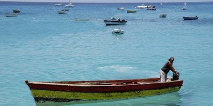 Fiskere i Santa Maria havn, Kap Verde.