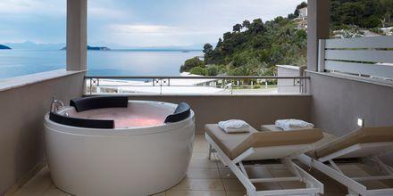 Kassandra Bay Suites & Spa