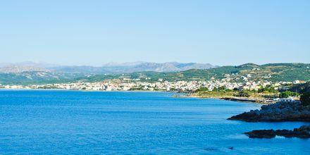 Strand i Kastelli på Kreta