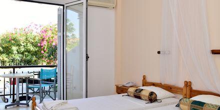 Dobbeltværelse på Hotel Katerina på Samos, Grækenland.