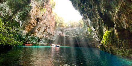Udflugt til Mellisani-søen i den Blå Grotte på Kefalonia.