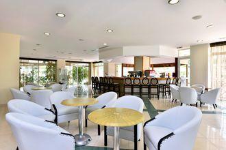 Baren Nectar på Hotel Kipriotis Maris Suites på Kos, Grækenland.